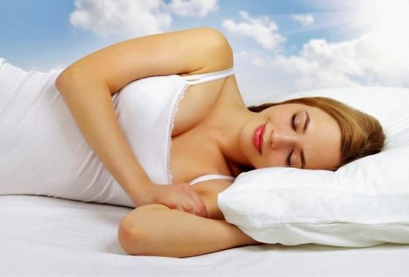 Dormir-de-lado-ajudaria-na-limpeza-cerebral-durante-o-sono.jpg
