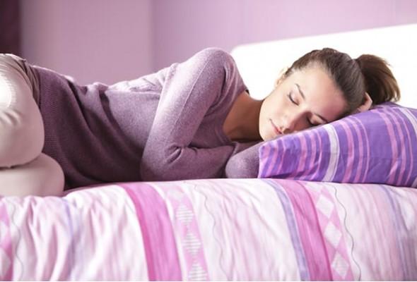 dormir_de_lado_e_melhor.jpg