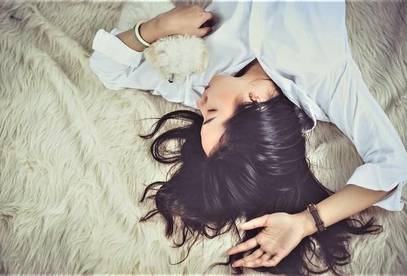 rem-sleep-mental-health-neurosciencnews.jpg